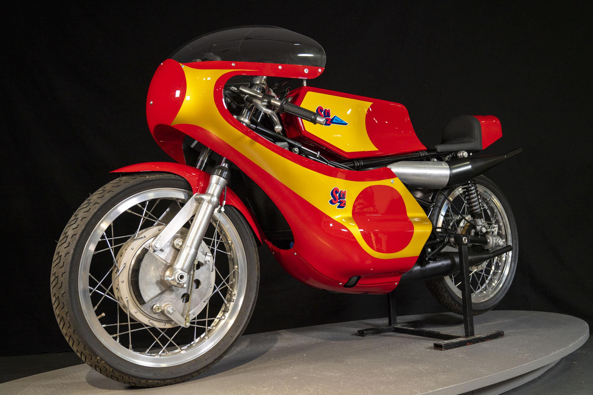 1971 SMZ 250
